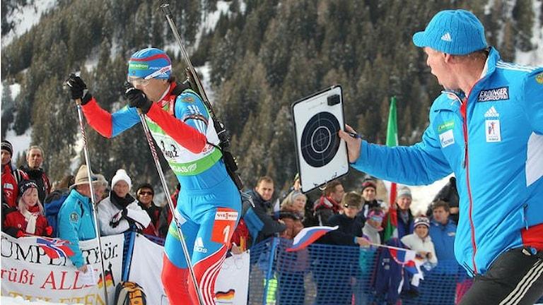Справа: Вольфганг Пихлер. Фото: Biathlon Antholtz/flickr.com