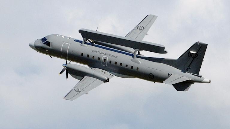 Радарные системы слежения Erieye, концерна СААБ устанавливают на самолеты. Фото:Johan Nilsson/TT
