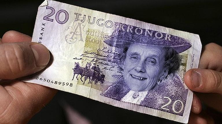 Astrid Lindgren ziert den neuen 20-Kronen-Schein (Foto: Scanpix/ Montage: Sveriges Radio)