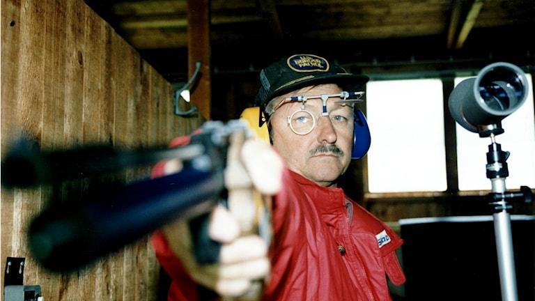 Der schwedische Pistolenschütze Ragnar Skanåker hat an mehreren Olympischen Spielen teilgenommen und Edelmetalle nach Hause gebracht. (Foto: Tobias Röstlund / TT Schweden)