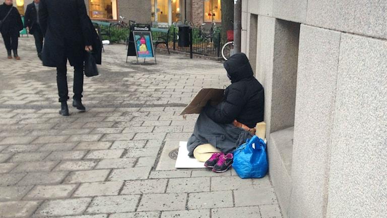 Bettelnde EU-Migranten sind ein häufiges Bild  (Foto: Johanna Sjöqvist/Sveriges Radio)