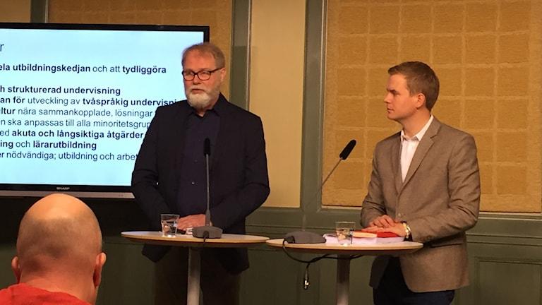 Jarmo Lainio thaj Gustav Fridolin ando Rosenbad