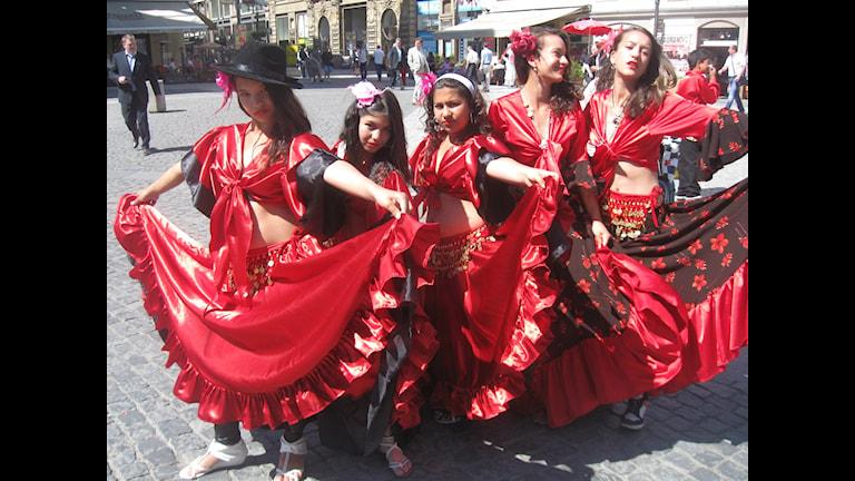 Roma kheljen ano festivalia.