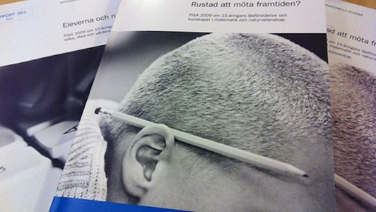 Pisa-undersökningen mäter elevernas resultat i läsning, matematik och naturvetenskap. Foto: Katarina Höj/Sveriges Radio