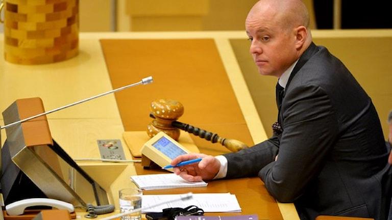 Björn Söder (SD), talman ando riksdagen. Foto: Henrik Montgomery/TT.