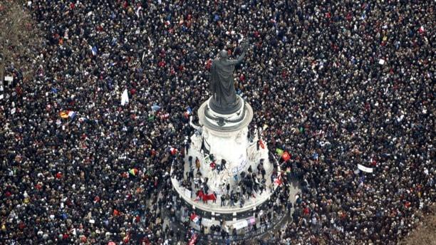 Manifestationen vid Place de la Republique i Paris. Foto: TT