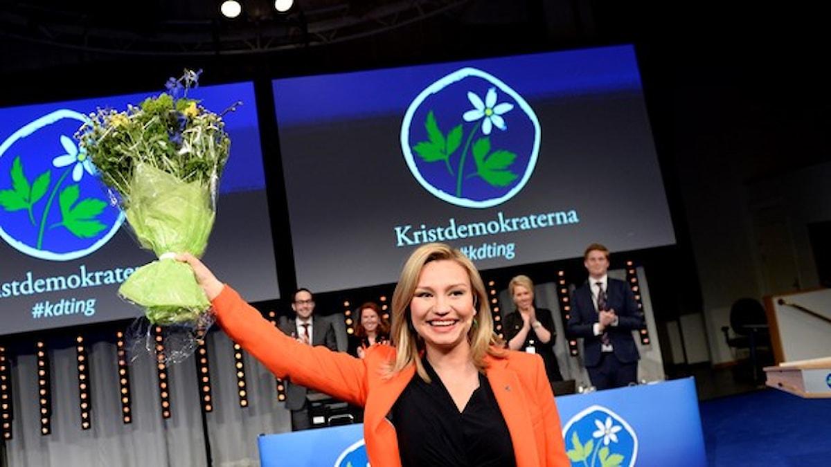 Ebba Busch Thor väljs som ny partiledare för Kristdemokraterna, kd, vid det extra rikstinget i Folkets hus i Stockholm. Foto: Pontus Lundahl/`TT.