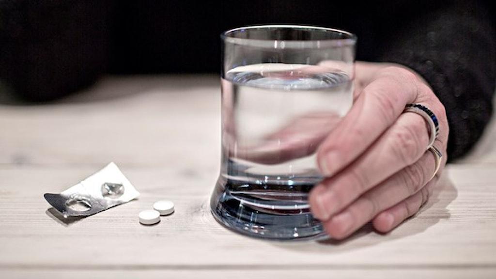 Sedan 2009 då det blev tillåtet att sälja tabletterna i butik har antalet förgiftningar ökat med 40 %. Foto: TT