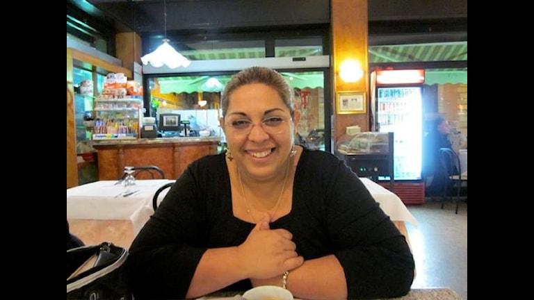 Saska Jovanovic Fetahi, pa o radio programo Ashunen romalen ano Rim, Italia.