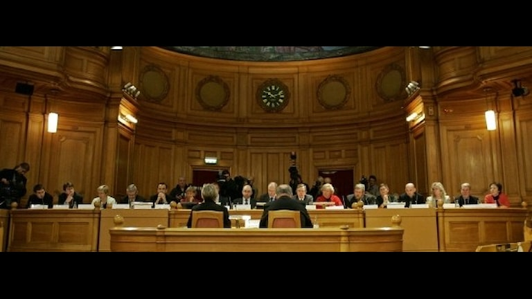 Ando foto si o Shvedosko konstitutionsutskottet (KU).