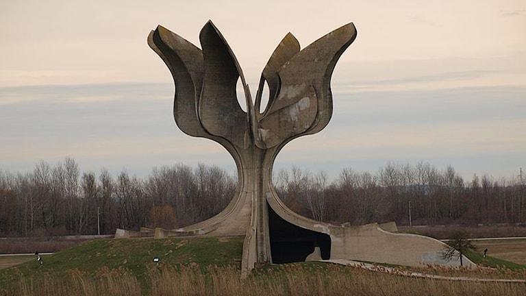 Jasenovac, Hrvatska, monomento kaj sas logori telal o dujto lumako maripe.