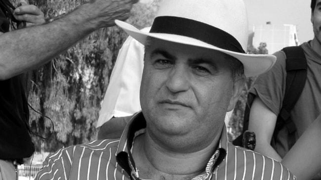 Presidenten,Rafael Perona  i romsk kultur center i De La mina