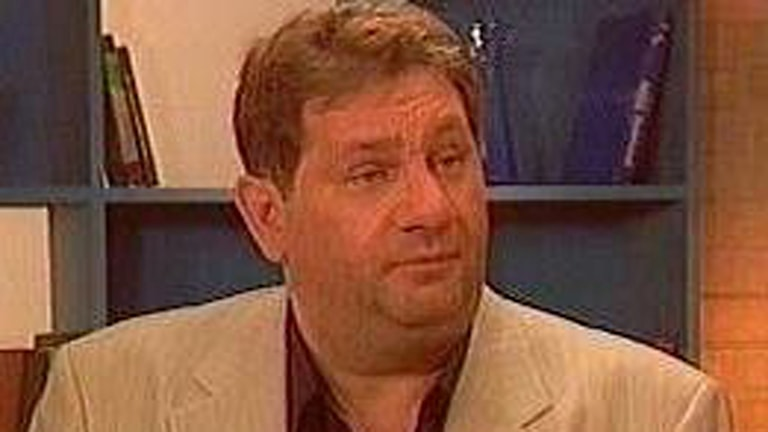 Jozsef Abházi si presidento ande Newi zor