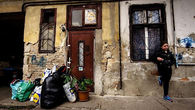 Avri shude le romen anda penge khera
