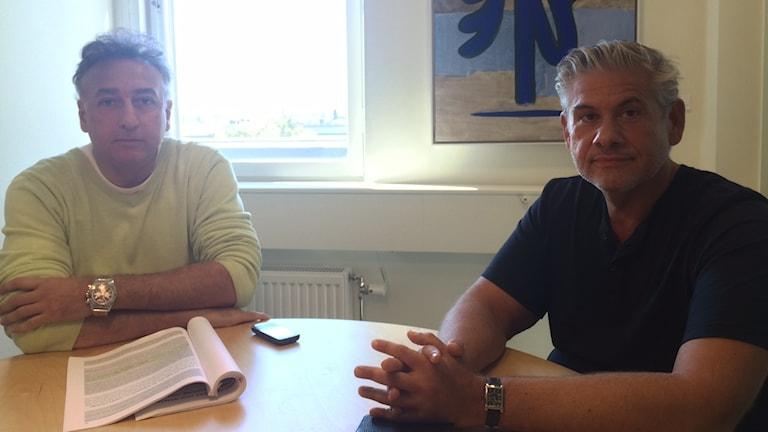 Jonny Ivanovitch thaj o Gregory Dufunia Kwiek