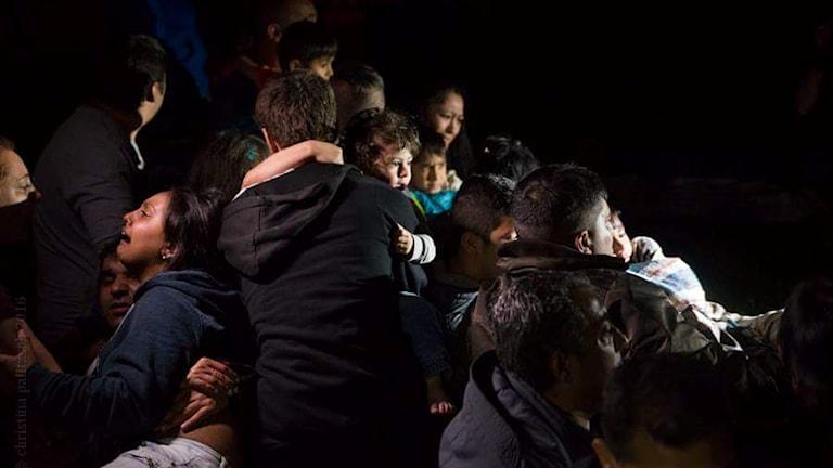 Roma beshen khetanes thaj protestulin te na aven deportirime.