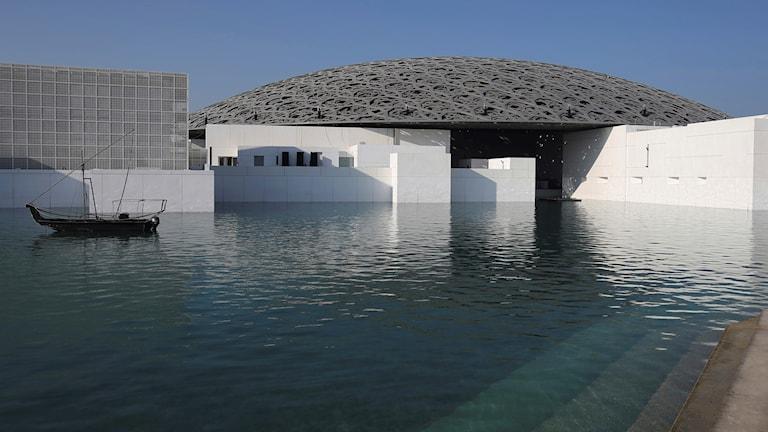 Konstmuseet Louvre i Abu Dhabi.