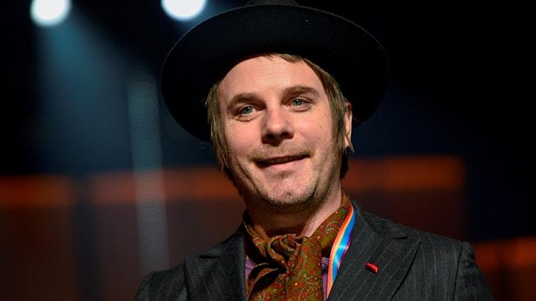 Närbild på Sylvester Schlegel från Melodifestivalen 2014.