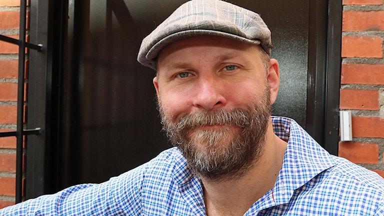 Kalle Lind är bland annat känd som radiopratare, författare och satiriker. Foto: Jan Wieslander / Sveriges Radio