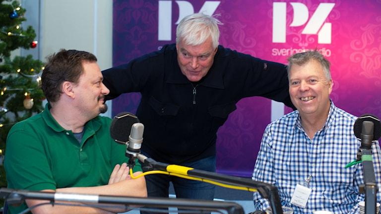 Roger Wilson, Lasse Bengtsson och Wolfgang Hansson. Foto: Åsa Stöckel/Sveriges Radio