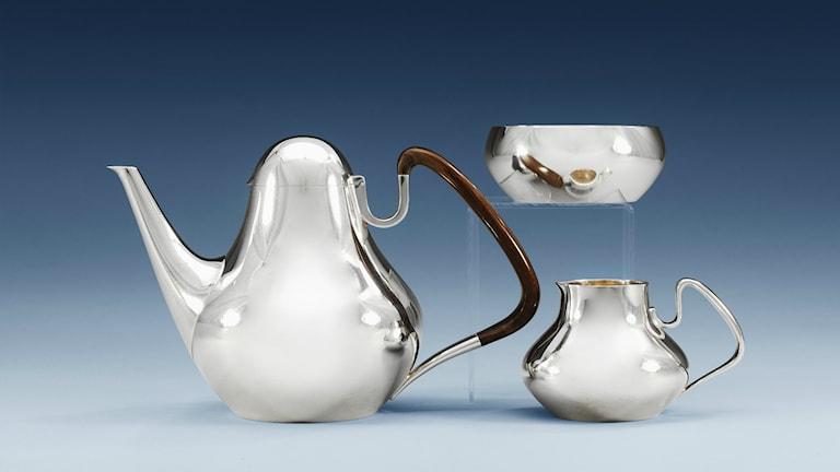 Kaffeservis av Henning Koppel, designad för George Jensen. Foto: Bukowskis