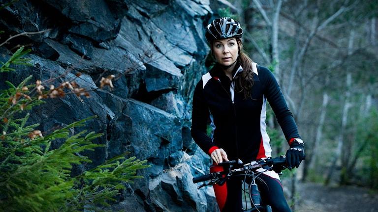 Renata Chlumska på cykel. Foto: Anna Hållams/TT
