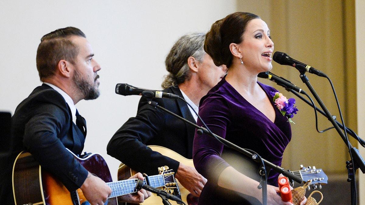 Lisa Nilsson sjunger. Foto: Anders Wiklund/TT