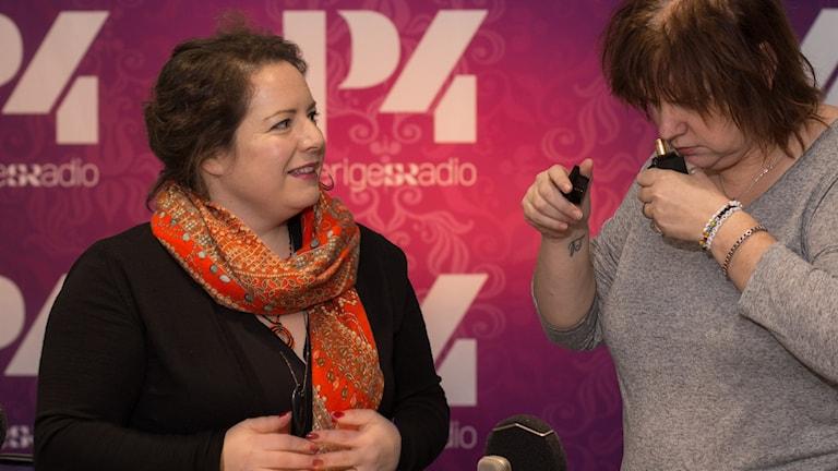Sylvia Ziemski och Lotta Bromé.  Foto: Åsa Stöckel/Sveriges Radio