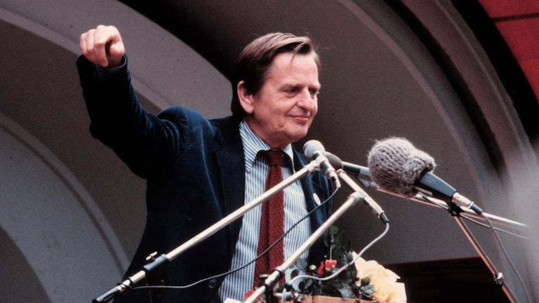 Olof Palme talar.