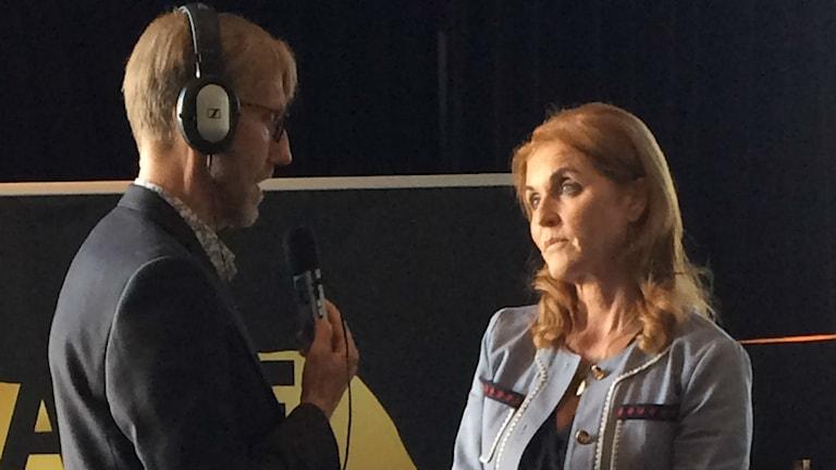 Erix Blix intervjuar Sarah Fergusin.
