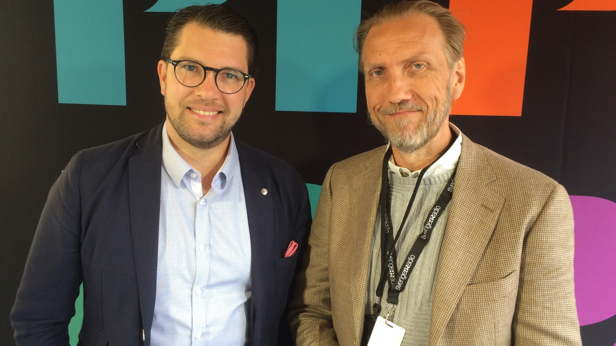 Erik Blix möter Jimmie Åkesson i Enköping