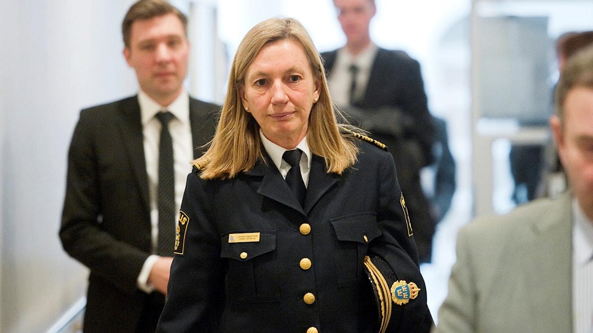 Carin Götblad i polisuniform