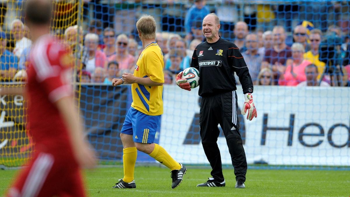 Thomas Ravelli går från fotbollen till att vara smakdomare i tv.