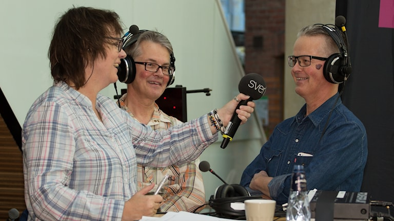 Lotta Bromé och Samuel Åhden och Michael Åhdén. Foto: Åsa Stöckel/Sveriges Radio