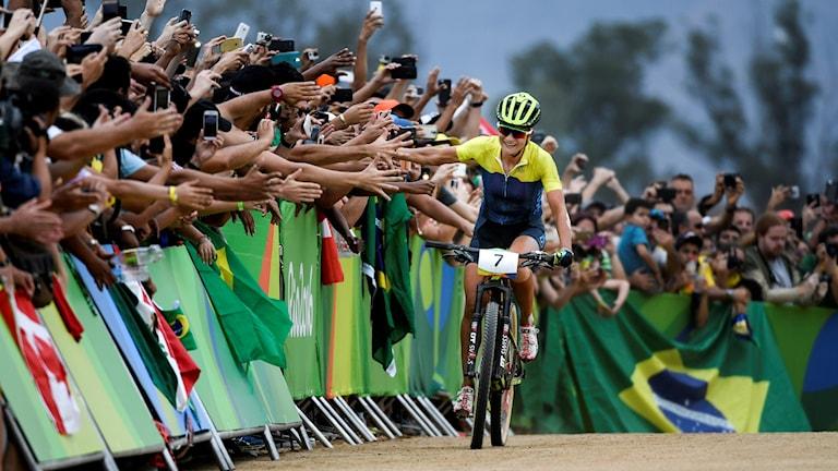 Jenny Rissveds cyklar i mål.