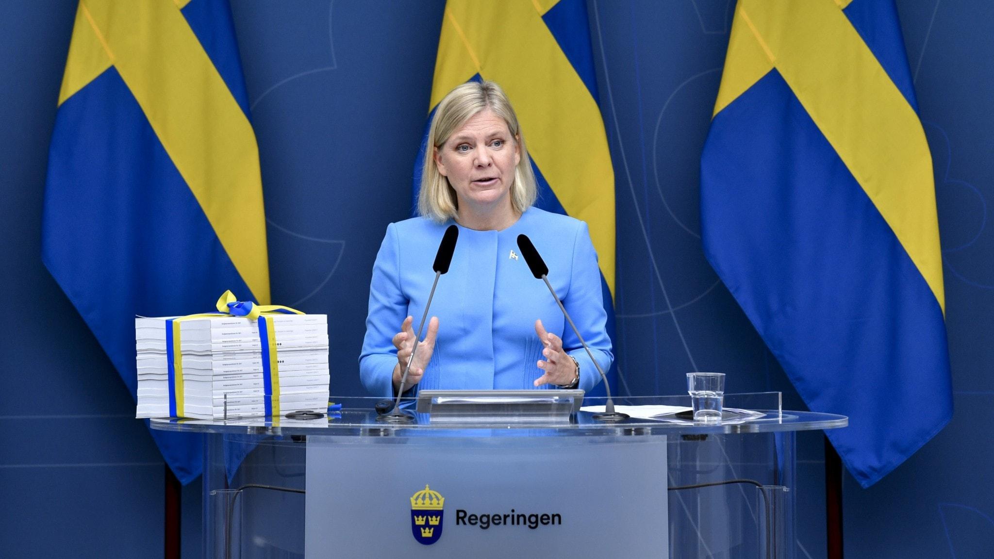 Finansminister Magdalena Andersson (S) pratar om budgeten.