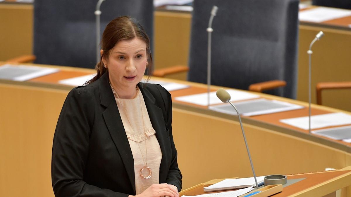 Birgitta Ohlsson i talarstolen