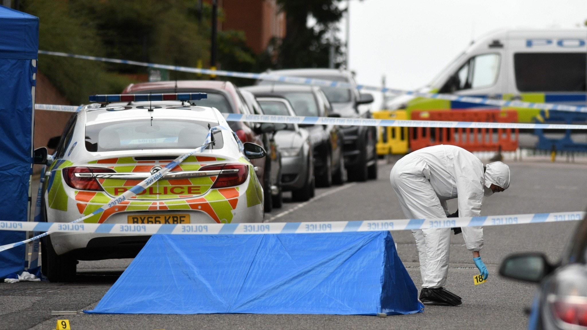 Flera larm om knivdåd i Birmingham