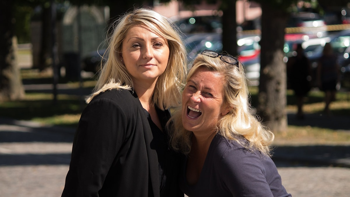 Sejla och Carina. Foto: Anton Yngvesson/Sveriges Radio