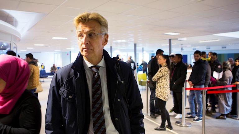Anders Danielsson, agaasimaha guud hayadda socdaalka oo is casilay.