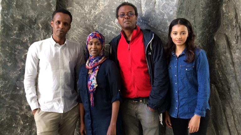 Warsame Elmi, Istahil Aidid, Kenadid Mohamed iyo Mona Ismail. Foto: Maria Quistberg/SR