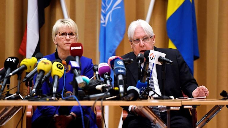 Margot Wallström, wasiirka arrimmaha dibadda Sweden iyo wakiilka QM  Martin Griffith.