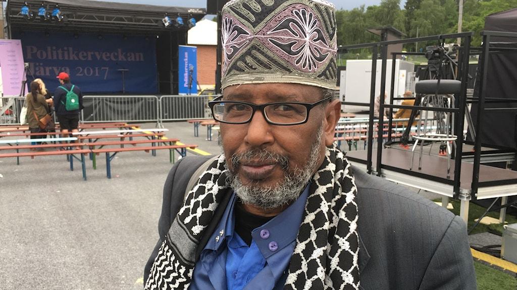 Mohamed Hagi Farah, Järva bo.