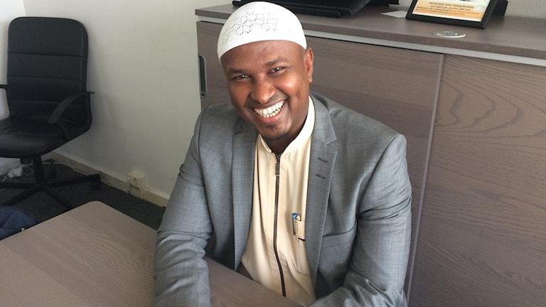 Guuleed Maxamed Cali, guddoomiye ku xigeenka xarunta dhexe ee dhaqanka muslimiinta xaafadda Rinkeby. Sawirle: Kenadid Mohamed.