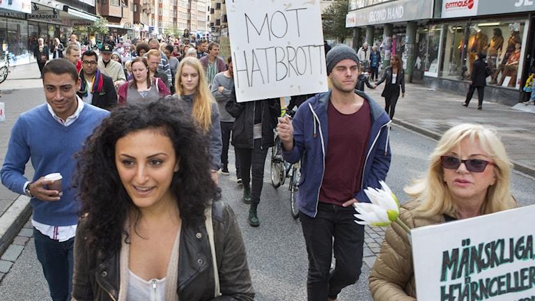 Demonstration mot rasism och hatbrott i Malmö föranledd av en grov misshandel i stadsdelen Kroksbäck av en färgad man.