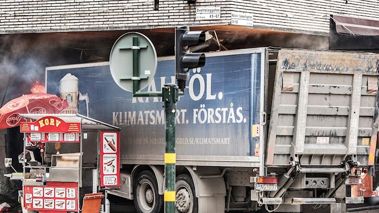 lastbilen som attackerades på Drottninggatan