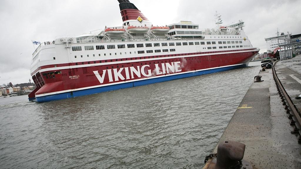 Markabka VikingLine ee safarka loogu aado dalka Finland.