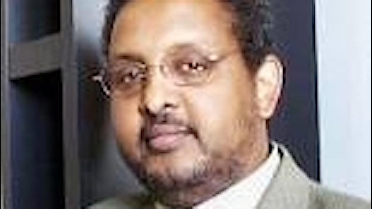 Mahdi Axmed Warsame, oo ka howlgali jiray idaacadda.