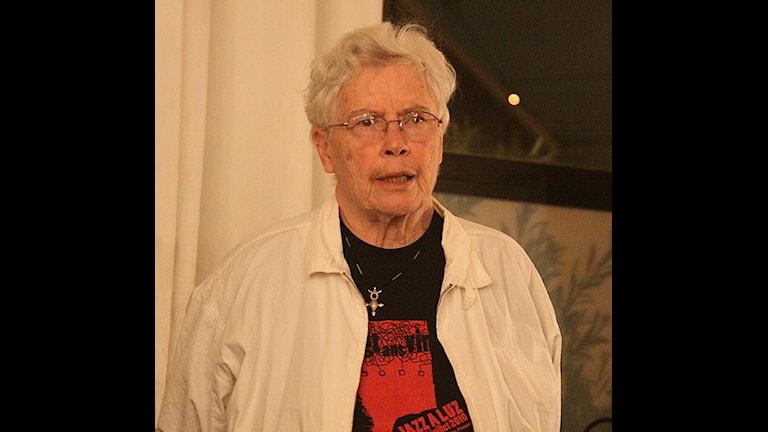 Pauline Oliveros 2010. Foto Allan J. Cronin, Wikimedia CC