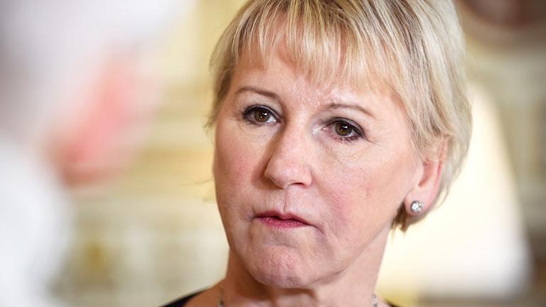 Wezîra derve Margot Wallström.